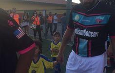 Adriano chega ao Rio de Janeiro, e futuro no Miami United fica indefinido