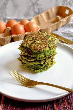 Galettes de Brocoli Faciles et Rapides Mushroom Pork Chops, Vegan Gluten Free, Avocado Toast, Vegan Recipes, Stuffed Mushrooms, Vegetables, Cooking, Breakfast, Food