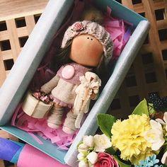 Домик НашлаРостик 19 см Стоит самостоятельно☃️ #tatiananedavnia #tilda #wedding #pink #pillow #МК #decor #fabrik #handmad #knitting #love #cotton #baby #кукла #шитье #выставка #шеббишик #пупс #платье #подарок #праздник #работа #ручнаяработа #сделайсам #своимируками #ткань #тильда #интерьер #интерьернаяигрушка #интерьернаякукла