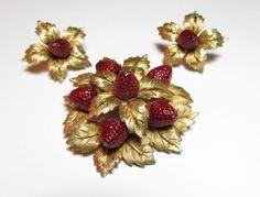 Vintage-Boucher-Brooch-and-Earrings-Strawberries