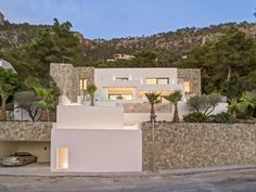 Modern villa with fantastic sea views in Port Andratx Engel & Völkers Property Details | W-021BLQ - ( Spain, Mallorca, Andratx, Port Andratx )