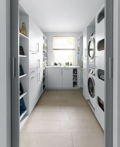 Make everyday tasks simple with these utility room storage ideas. Make Everyday Tasks Simple With These Utility Room Storage Ideas. Utility Room Storage, Laundry Room Organization, Bathroom Storage, Bathroom Layout, Casa Feng Shui, Utility Room Designs, Utility Room Ideas, Drying Room, Room Interior