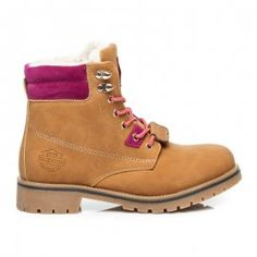 Farmery s kožuškom / Timberland Boots, Shoes, Fashion, Moda, Zapatos, Shoes Outlet, Fashion Styles, Shoe, Footwear
