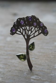 https://flic.kr/p/esaXYL   brooch for Vera    silver, amethyst, chrysolite BAW 52-21