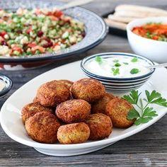 ELTEFRITT FIRKORNSBRØD MED RUG | TRINES MATBLOGG Frisk, Sour Cream, Baked Potato, Food And Drink, Potatoes, Dinner, Baking, Ethnic Recipes, Dining