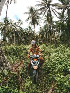 I spent one month living on Siargao and had the adventure of a lifetime. These are the best 30 things to do on Siargao: THE ULTIMATE BUCKET LIST Siargao Philippines, Philippines Travel, Visit Philippines, Best Travel Guides, Travel Advice, Travel Checklist, New Travel, Asia Travel, Stuff To Do