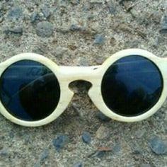 9d45cdcb49 Maple wood sunglasses IDR 500.000 WA 082328101802 IG teliksandi Woodencraft