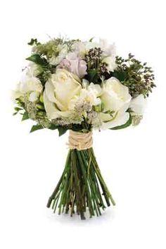 Wedding Magazine - Wedding Flowers - White flowers - Robbie Honey
