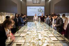 In martie am lansat al treilea si cel mai nou magazin de bijuterii din Iasi, in Centrul Comercial Felicia. O bucurie pentru iubitorii de frumos, in care veti putea gasi, asa cum v-am obisnuit, atat verighetele si inelele de logodna fabricate la Sediul Central de Productie Coriolan, cat si bijuterii din aur cu diamante, pietre pretioase si semipretioase. www.coriolan.ro Events, Diamond