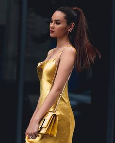 Stay golden ⚡ Day 5 Styled by in captured… Grey Fashion, Fashion Models, Fashion Outfits, Womens Fashion, Fashion Design, Nyc Fashion, Gray Instagram, Instagram Models, Golden Dress