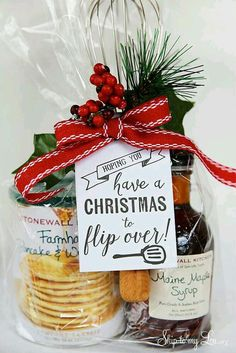 Quick and Inexpensive Christmas Gift Ideas for Neighbors Cute Sayings For Christmas Gifts. Quick and Inexpensive Christmas Gift Ideas for Neighbors Neighbor Christmas Gifts, Christmas Gift Baskets, Handmade Christmas Gifts, Neighbor Gifts, Best Christmas Gifts, Homemade Christmas, Christmas Holidays, Christmas Crafts, Christmas Gifts For Teachers