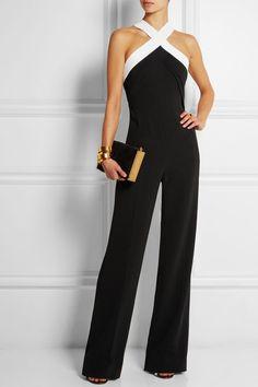 Women's fashion | Super chic jumpsuit, golden bracelets, clutch
