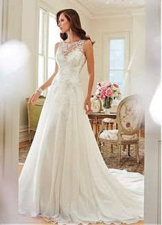 Elegant Tulle & Chiffon Bateau Neckline Natural Waistline A-line Wedding Dress With Beaded Lace Appliques