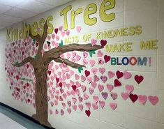 26 Inspiring Kindness Trees Found In Schools - Ripple Kindness Project Kindness Bulletin Board, Bulletin Board Tree, Elementary Bulletin Boards, Elementary Schools, Teaching Kindness, Kindness Activities, Preschool Friendship, Valentines Day Bulletin Board, School Themes