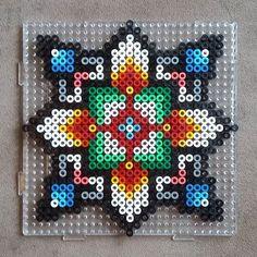 This would make a cool granny square pattern. #crochet #I'm Ppl pixelgranny