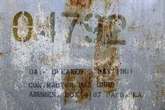 Old Derelict Oil Tank -             Fototapeter & Tapeter -           Photowall