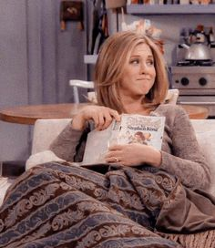 You are in the right place about rachel green outfits high waist Here we offer you the most beautifu Serie Friends, Friends Cast, Friends Moments, Friends Tv Show, Jennifer Aniston, The Boondock Saints, Hayley Williams, Gilmore Girls, Viria