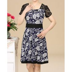 Short Sleeve Square Collar Retro Floral Print Wide Hem Women's DressPrint Dresses | RoseGal.com