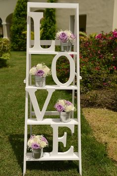 24 decorative wedding ideas with retro ladder Wedding Stage, On Your Wedding Day, Diy Wedding, Rustic Wedding, Wedding Flowers, Dream Wedding, Wedding Ideas, Decoration Evenementielle, Stage Decorations