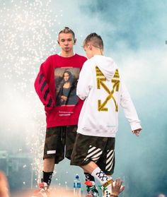 Marcus and Martinus concert 17 Kpop, Love Twins, Bars And Melody, Twin Brothers, My Everything, My Boyfriend, Cute Boys, Ariana Grande, Besties