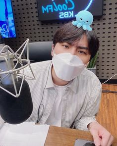 Young K Day6, Love Is All, Kpop Groups, Arts And Crafts, Fan Girl, Shrimp, Singer, Babies, Twitter