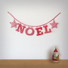 Handgemachte 'NOEL' Stoff Garland  Made to von Loveprettygarlands, $33.00