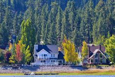 Lakes In California, California Homes, Lake Front, Big Bear Lake, Trees, Cabin, Facebook, House Styles, Colors