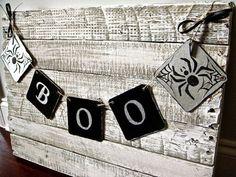 BOO Spider Banner, Halloween Banner, Halloween Decoration, Gray and Black, Mantel Decoration, Halloween garland, Halloween Photo Prop