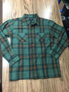 ede6c0b2e02 New Brixton Mfg Flannel Shirt Size M in Clothing