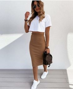 Cute Casual Outfits, Simple Outfits, Spring Outfits, Stylish Outfits, Mode Outfits, Skirt Outfits, Fashion Outfits, Midi Skirt Outfit Casual, Elegantes Outfit Frau