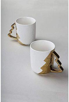 Ceramic Christmas Trees, Christmas Mugs, Hand Painted, Ceramics, Tableware, Gold, Christmas Mug Rugs, Ceramica, Pottery