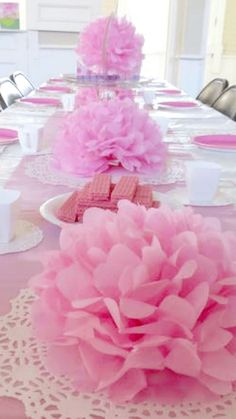 a pink tea party birthday theme, perfect for a birthday party Foodlets – # … – Wanderlust Birthday Table Decorations, Pink Party Decorations, Birthday Party Tables, 4th Birthday, Birthday Ideas, Girls Tea Party, Princess Tea Party, Kids Tea Parties, Tea Party For Kids