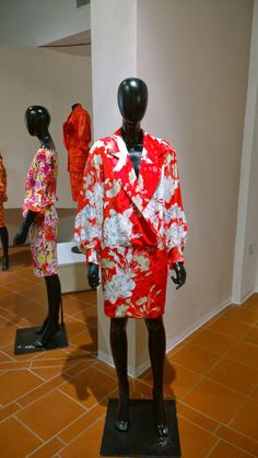 Red dress with flower print - Abito rosso stampa florale #fashion #gianfrancoferre #vintage #florals