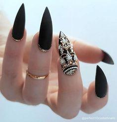 19.8 тыс. отметок «Нравится», 61 комментариев — @nails.brows.hair в Instagram: «Shop link in bio Beautiful nails @perfect10customnails ・・・ ORNATE #hypnaughtymakeup…»