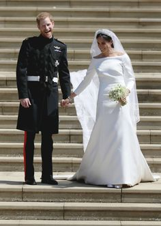 Prince Harry-Meghan Markle Royal Wedding Day at St. George's Chapel, Windsor Castle So today, May 2018 at noon local time, was Prince Harry-Meghan Lady Diana, Harry And Meghan Wedding, Harry Wedding, Prince Harry Et Meghan, Meghan Markle Prince Harry, Givenchy Wedding Dress, Prinz Harry Meghan Markle, Estilo Meghan Markle, Meghan Markle Photos