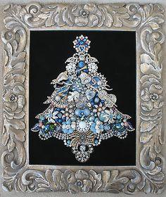 Artisan ~ Lindy FRAMED VINTAGE RHINESTONE JEWELRY CHRISTMAS TREE ~ ANGEL VIOLIN BELL