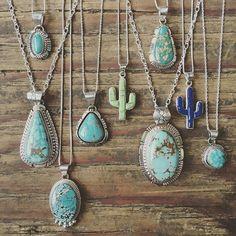 • • • www.sunfacetraders.com • • ➖➖➖➖➖➖➖➖➖➖➖➖➖ #SunfaceTraders #NativeAmericanJewelry #navajojewelry #turquoise #squashblossom #roystonturquoise #handmade #jewelry #western #Arizona #sterlingsilver #cowgirlstyle #turquoiseobsession #turquoisejewelry #shoplocal #westernstyle #desertchic #southwesternjewelry #turquoisenecklace #americanmade #bohostyle #rodeofashion #jewelryforsale #sunfacesquad #cactusnecklace #kingmanturquoise