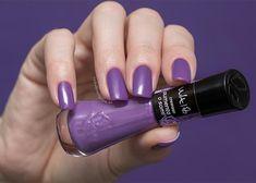 Esmaltes Ultra Violet, Pantone Cor Do Ano, Ultra Violet, Pantone Color, Nail Polish, Lilac Nails, Purple, Work Nails, Make Up, Whoville Hair