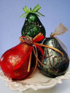 Google Image Result for http://viva-decor.us/sites/default/files/images/Christmas-Pears1a.jpg