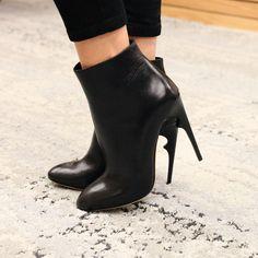 Such a fierce leather bootie. Nour Jensen A/W '15.