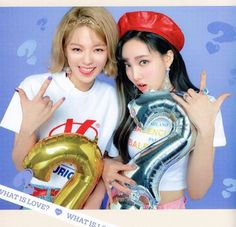 Discover recipes, home ideas, style inspiration and other ideas to try. Kpop Girl Groups, Korean Girl Groups, Kpop Girls, Yg Entertainment, Otp, My Girl, Cool Girl, Twice What Is Love, Warner Music