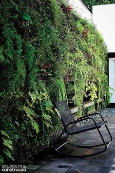 Revista Arquitetura e Construção - Jardim na parede: opções criativas para ter em qualquer cantinho