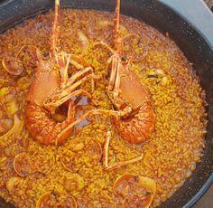 Receta de arroz meloso con langosta Alicante, Spanish Food, Shrimp, Meat, Cooking, Ethnic Recipes, City Beach, Change, Recipes With Rice