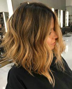 Gorgeous honey color bob hairstyle. #inspiration #hair #hairstyle #bob #haircut #honeycolor #highlights #fabfashionfix