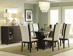 sillas tapizadas en cuero blanco