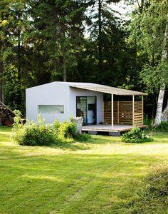 MINI HOUSE 2.0 by Swedish architect Jonas Wagell and Sommarnöjen
