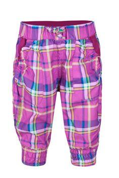 Kjempesøt piratbukse til jenter (kommer også til gutt). Kun 199,-   http://www.stormberg.no/no/Produkter/Barn/Barn1_7/Bukser/Kortbukser/Tromme-clamdigger-jente/