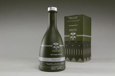 3000 BC Organic And Extra Virgin Olive Oil on Packaging of the World - Creative Package Design Gallery
