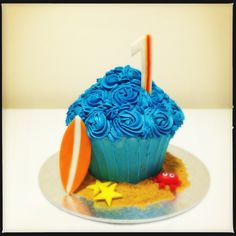 Surf themed smash cake, boys 1st birthday.