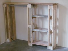 Wardrobe created out of Pallets – reneolivier.co.za